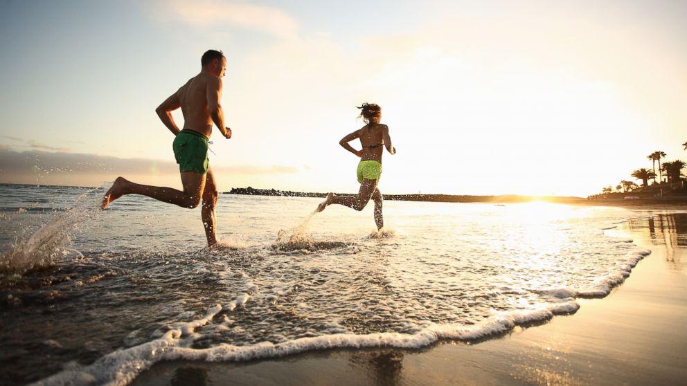 GTY_beach_running_jt_140405_16x9_992